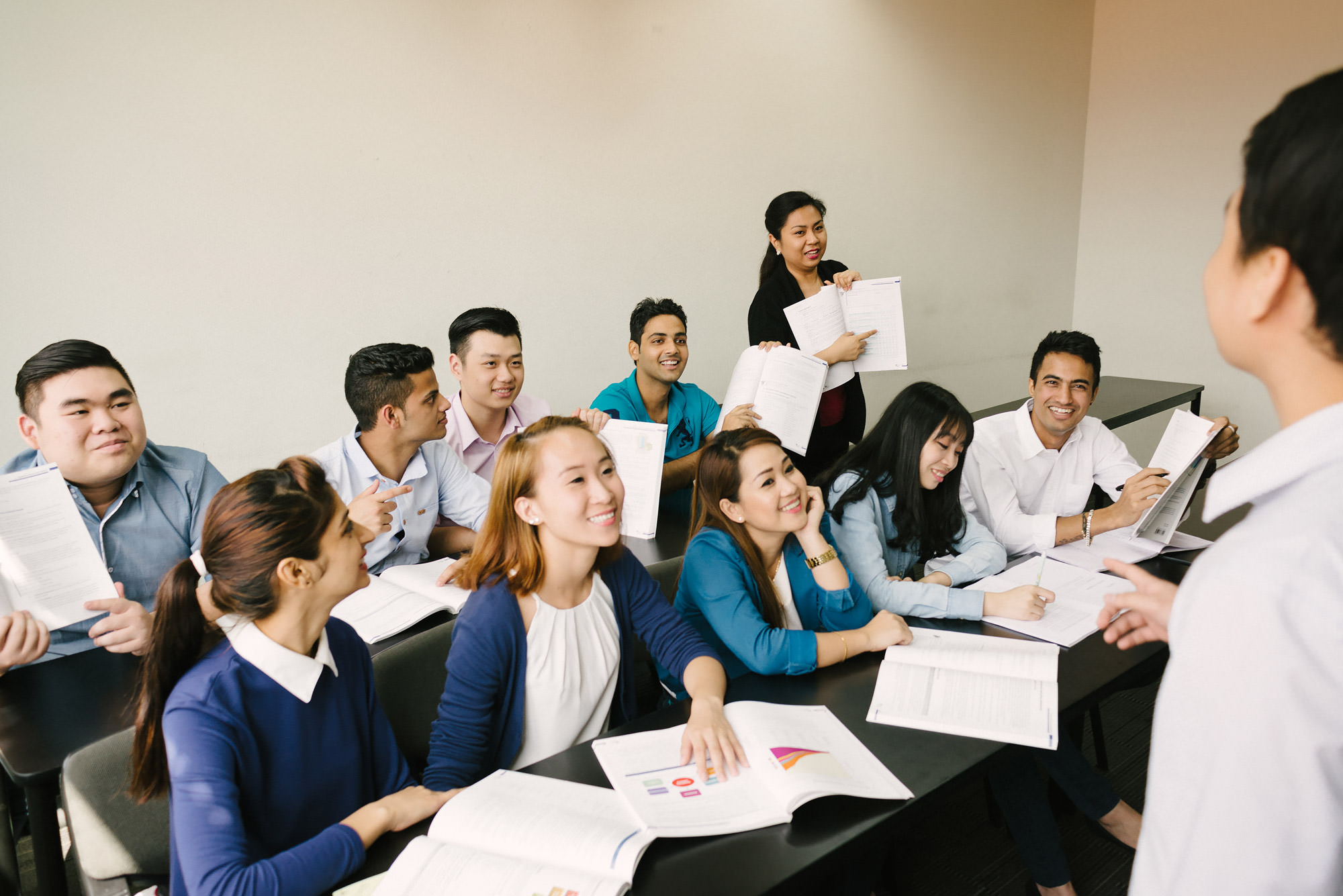 btec hnd in business The edexcel level 5 hnd qualification is a uk accredited course which is  the  level 5 hnd business management will increase your earning potential.